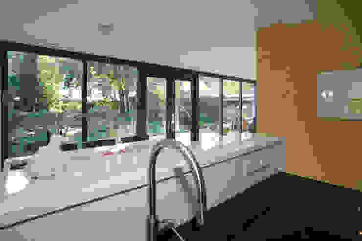 open keuken Moderne keukens van De E-novatiewinkel Modern Kwarts