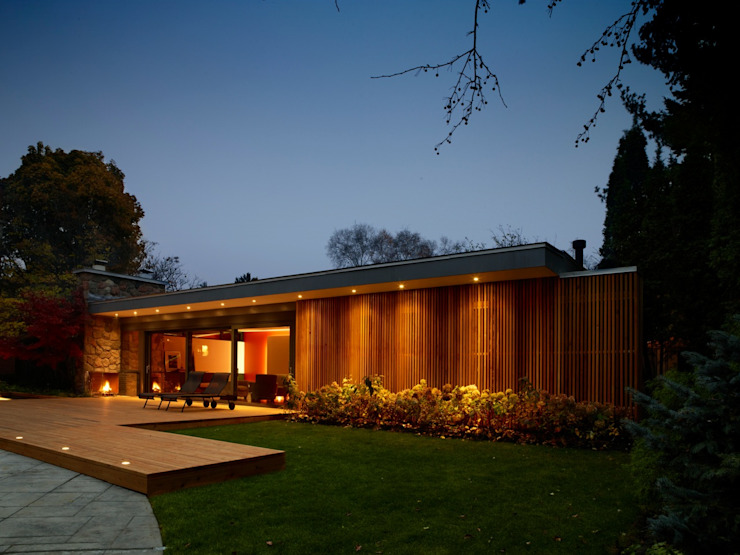 Pool House Modern houses by +tongtong Modern
