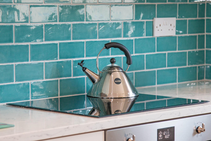 Vibrant Ceramic Tile Splashback by ADORNAS KITCHENS Classic