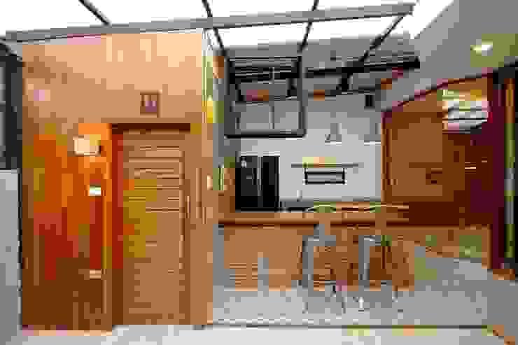 Renovate เพื่อเพิ่มมุมพักผ่อนให้กับอาคารพาณิชย์เก่า (LK Capital Office) โดย Do Fur Design & Furnish