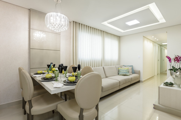 JANAINA NAVES - Design & Arquitetura Classic style dining room Wood-Plastic Composite Beige