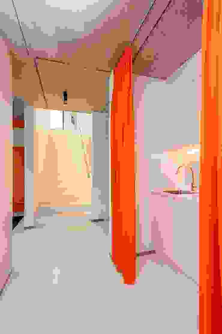 Nijsten – Vandeput Moderne keukens van Architectenbureau Dirk Nijsten bvba Modern