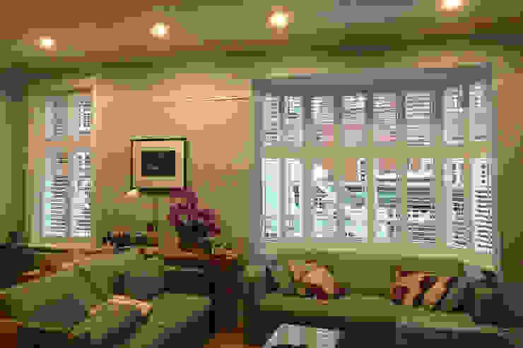 Mixed Photos Modern living room by Plantation Shutters Ltd Modern