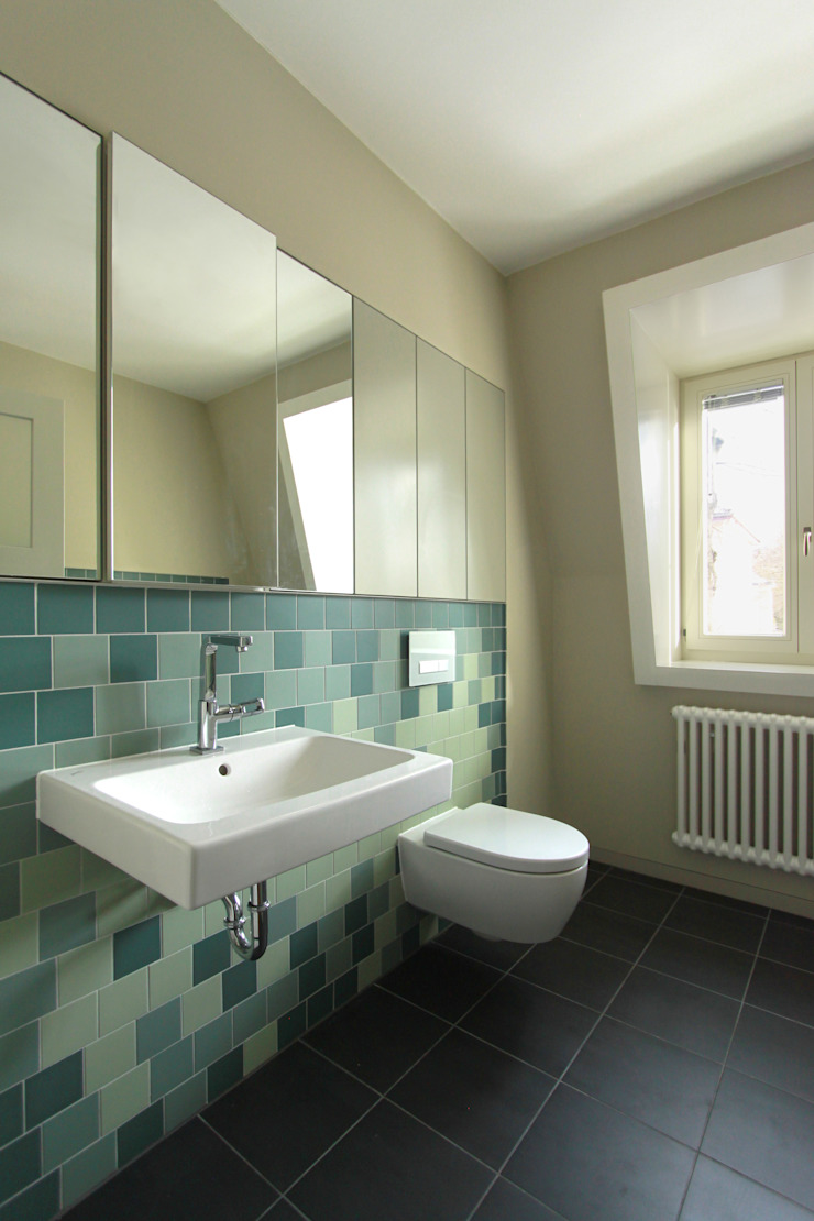 bathroom brandt+simon architekten Modern bathroom Tiles Green
