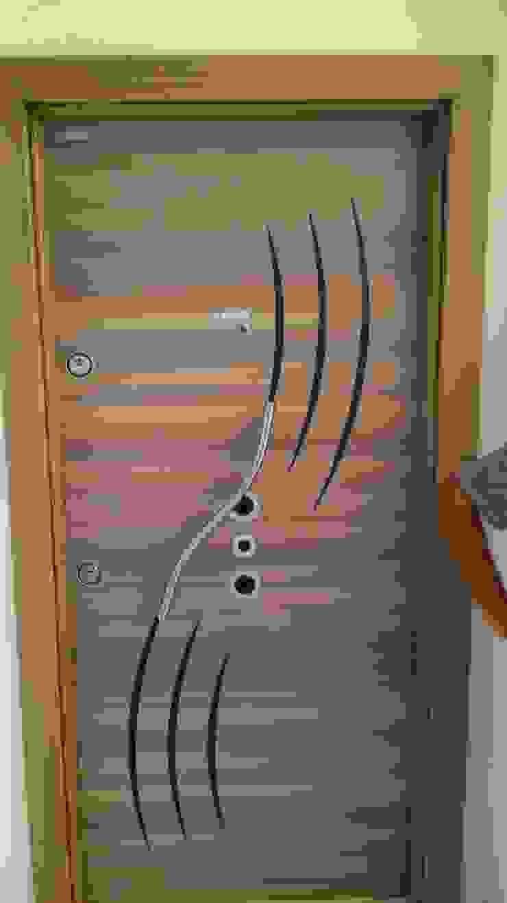 Çelik kapı YÖN YAPI Klasik