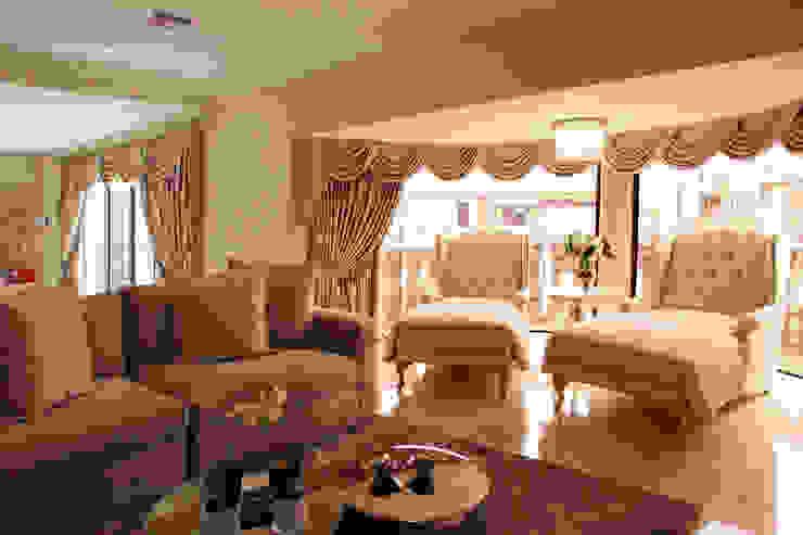 Tru Interiors Klassische Wohnzimmer