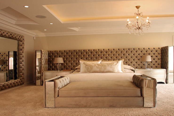 Main bedroom:  Bedroom by Tru Interiors,