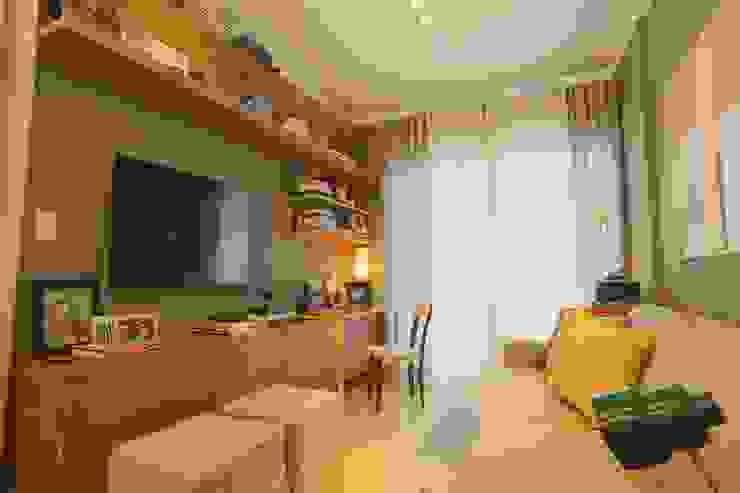 Salas de estilo  por MAJÓ Arquitetura de Interiores