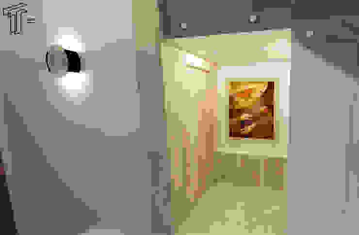Pasillos y vestíbulos de estilo  por TAMEN arquitectura