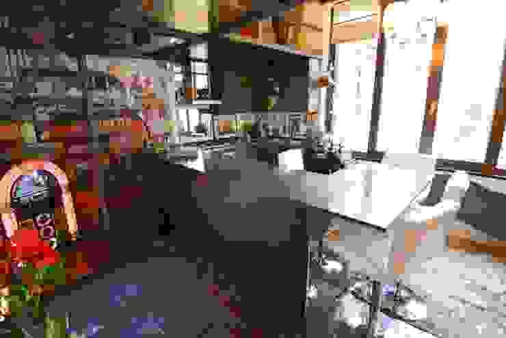 Nowoczesna kuchnia od Studio Fori Nowoczesny