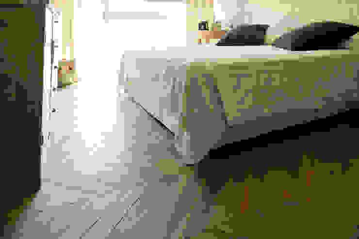 The Wood Alchemist - Simone Castelli Classic style bedroom
