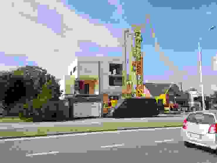 Houtmassiefbouw in uitvoering Moderne huizen van AVENIRarchitecten bvba Modern Hout Hout