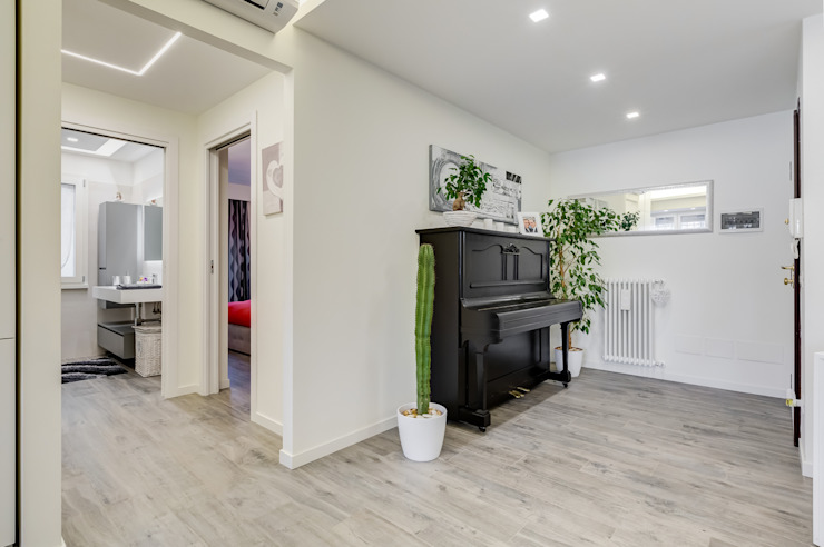 Corridor & hallway by EF_Archidesign