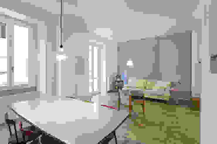 Modern Dining Room by PLUS ULTRA studio Modern