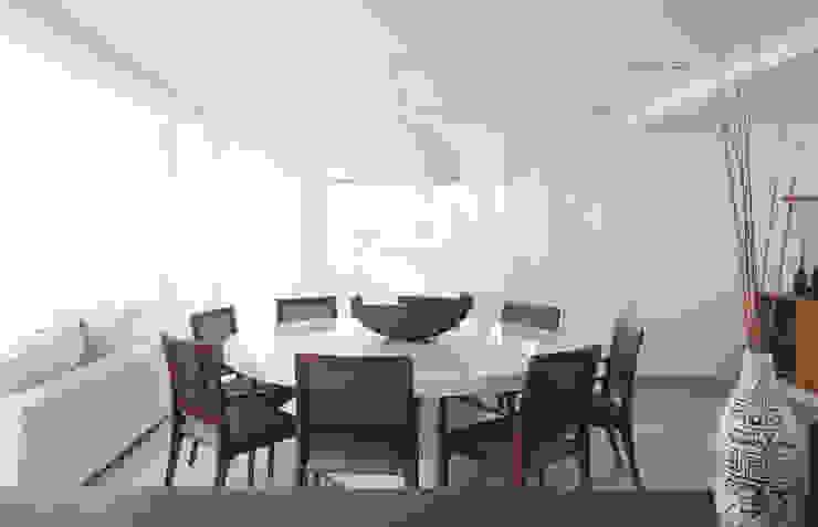 Sala de jantar Casas modernas por RAWI Arquitetura + Design Moderno