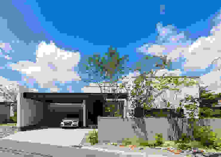 岩崎の家: Architet6建築事務所が手掛けた家です。,モダン 木 木目調