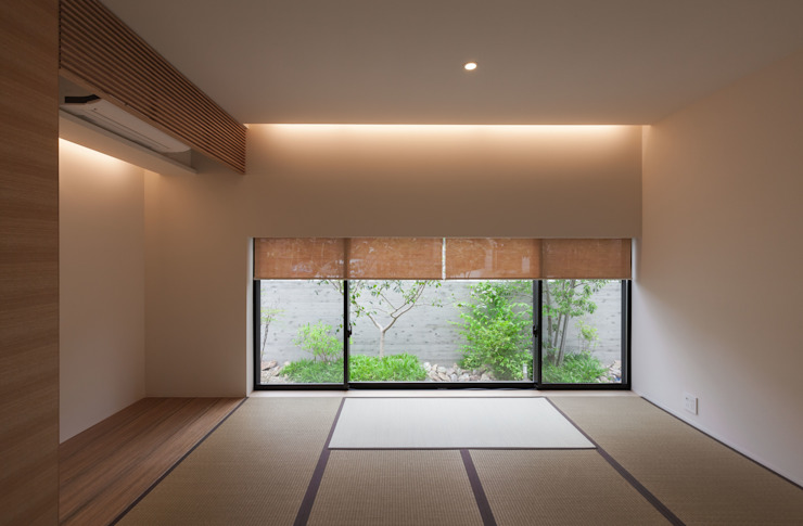 岩崎の家: Architet6建築事務所が手掛けた和室です。,モダン 木 木目調