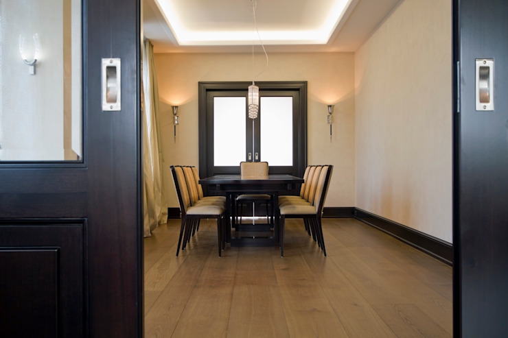 Modern dining room by innen_architekten BALS + WIRTH Modern