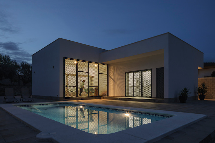Minimalistische huizen van FAQ arquitectura Minimalistisch