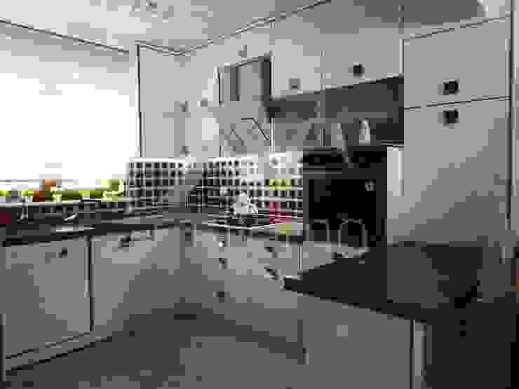 NESRİN YALIN Modern Mutfak Majestik Mutfak & Mobilya Modern Orta Yoğunlukta Lifli Levha