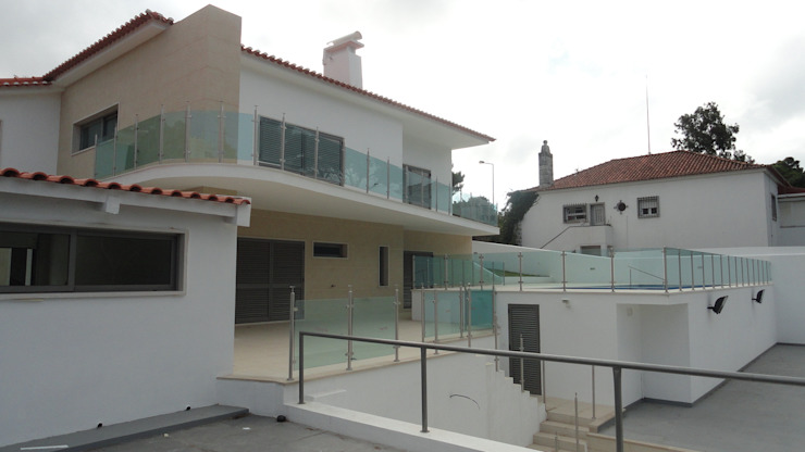 Reabilitação de moradia em Cascais Casas clássicas por 2levels, Arquitetura e Engenharia, Lda Clássico