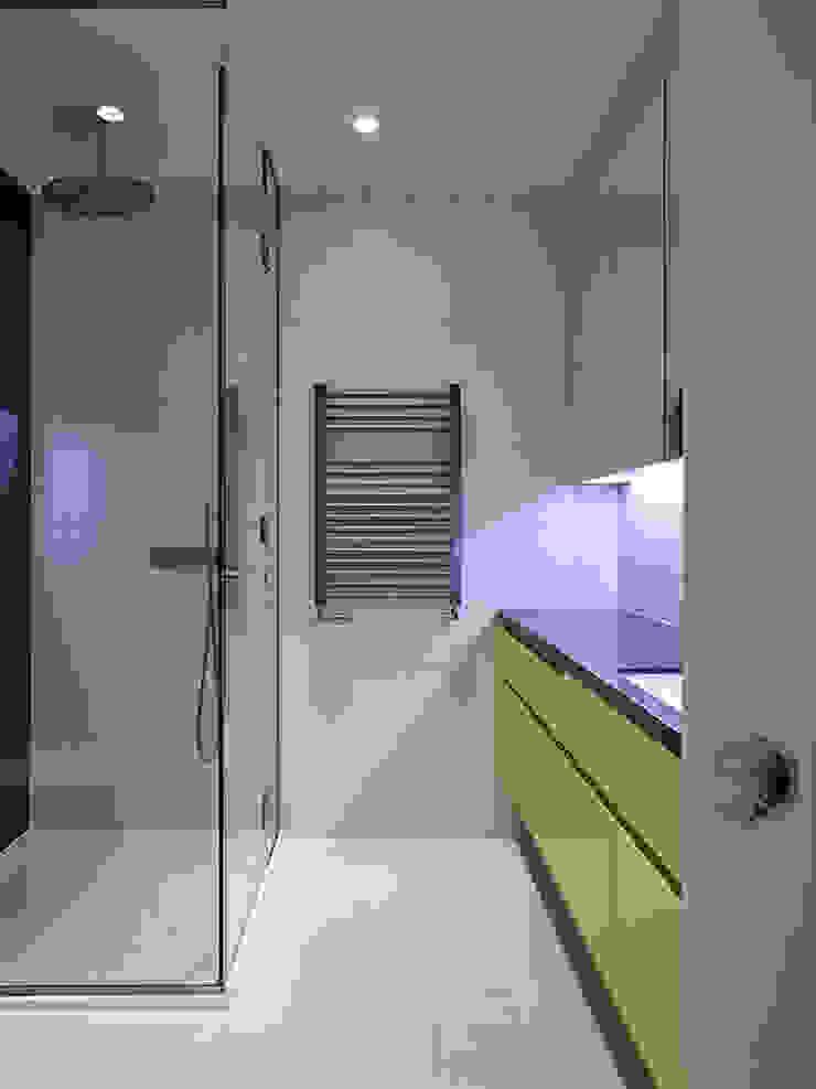 Master Ensuite Modern bathroom by Studio HE (S /HE) Modern