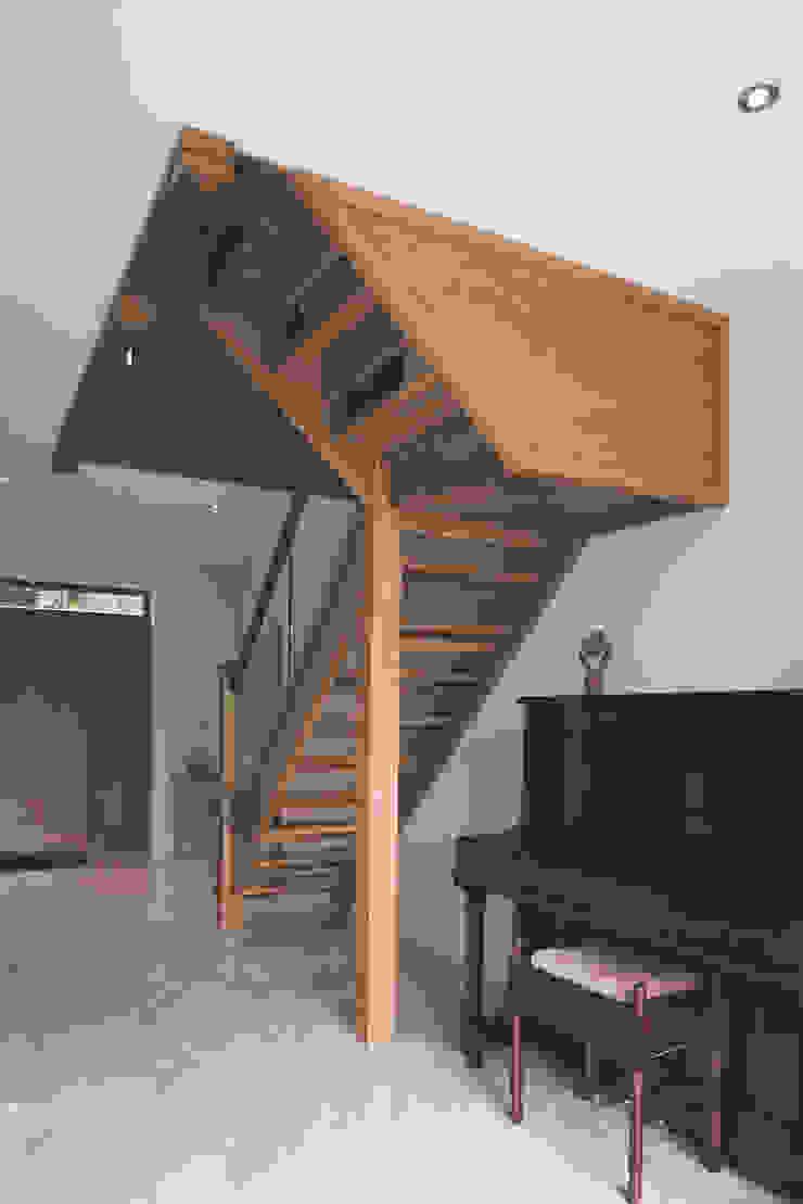 Castledawson traditional farm house by slemish design studio architects Кантрi