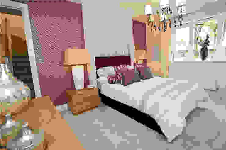 Make every room a new adventure… .. Dormitorios modernos: Ideas, imágenes y decoración de Graeme Fuller Design Ltd Moderno