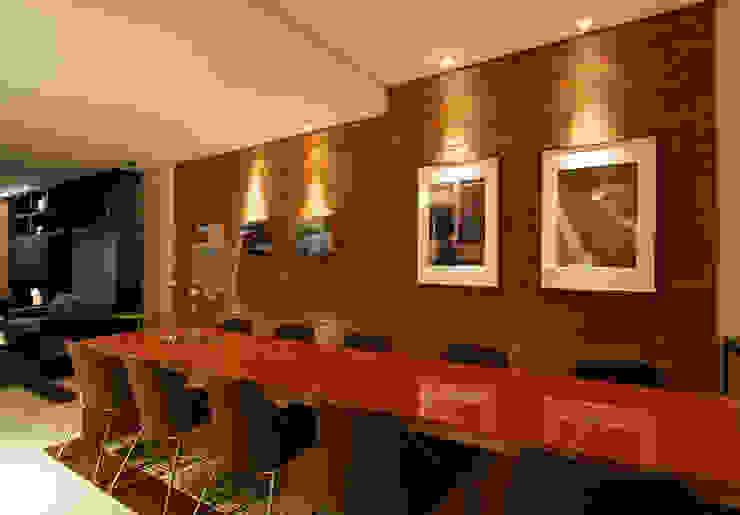 Cocinas de estilo moderno de Ines Scisci Maciel Arquitetura Moderno