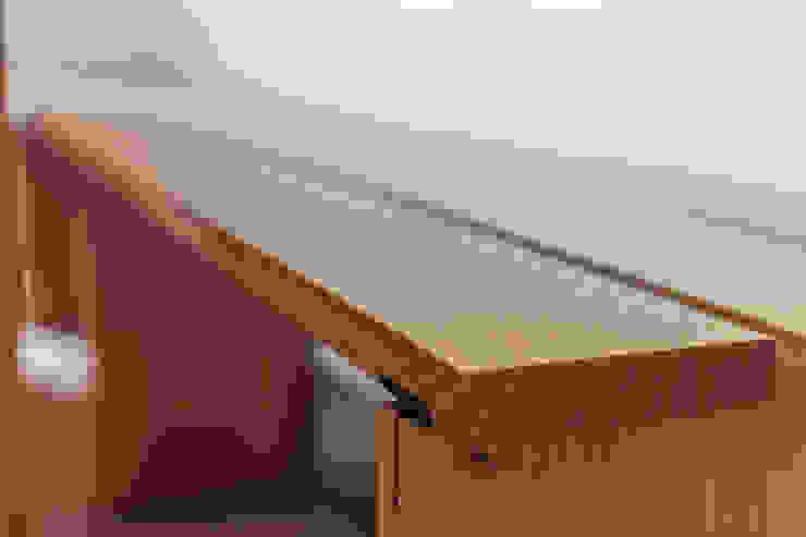 Eiken houten bank: modern  door Tim de Graag, Modern Hout Hout
