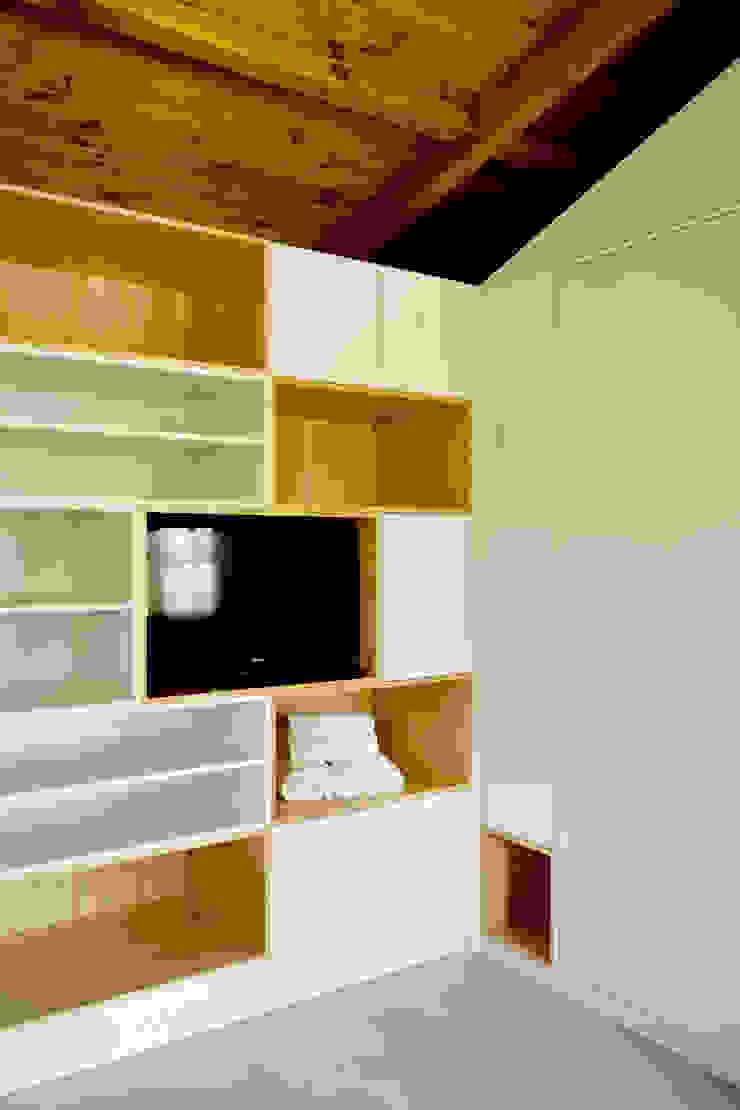 Turismo Rural | Casa Espigueiro Quartos modernos por Tó Liss Moderno Madeira Acabamento em madeira