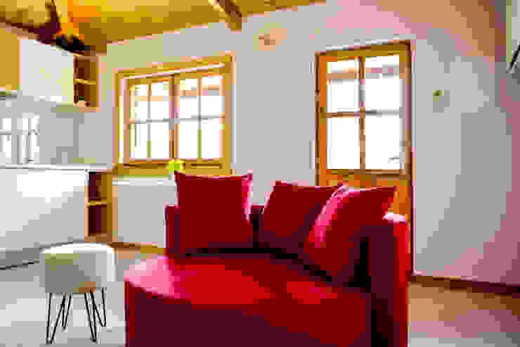 Turismo Rural | Casa Espigueiro Salas de estar modernas por Tó Liss Moderno Madeira Acabamento em madeira