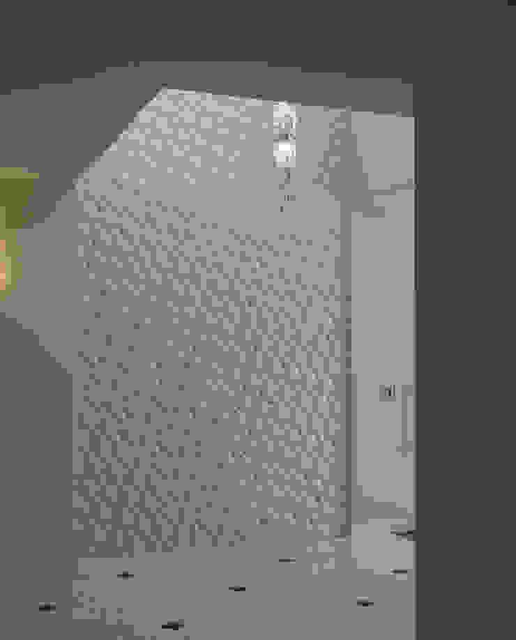 株式会社 虔山 Walls & flooringTiles Ubin White