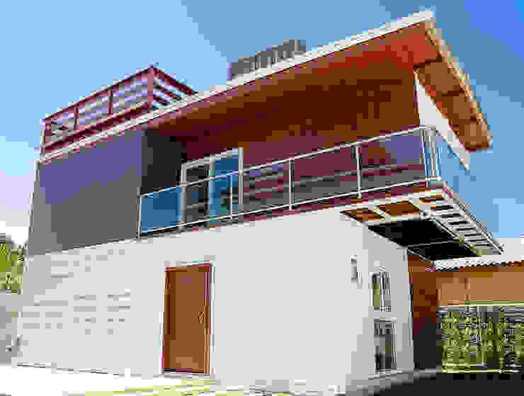 Дома в стиле минимализм от GhiorziTavares Arquitetura Минимализм Железо / Сталь