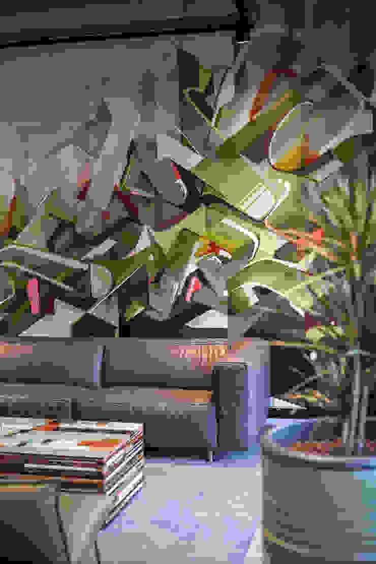 Graffitiwand van Bob Romijnders Architectuur + Interieur Industrieel