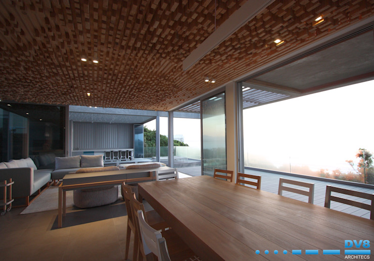 Plettenberg Bay—Beach House Modern dining room by DV8 Architects Modern