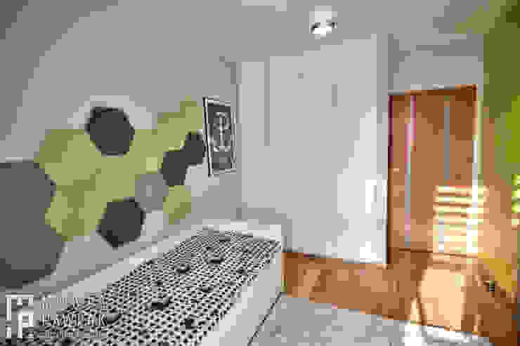 Pokoje młodzieżowe: styl , w kategorii Pokój dziecięcy zaprojektowany przez MARTA PAWLAK  ARCHITEKTURA  WNĘTRZ,Nowoczesny