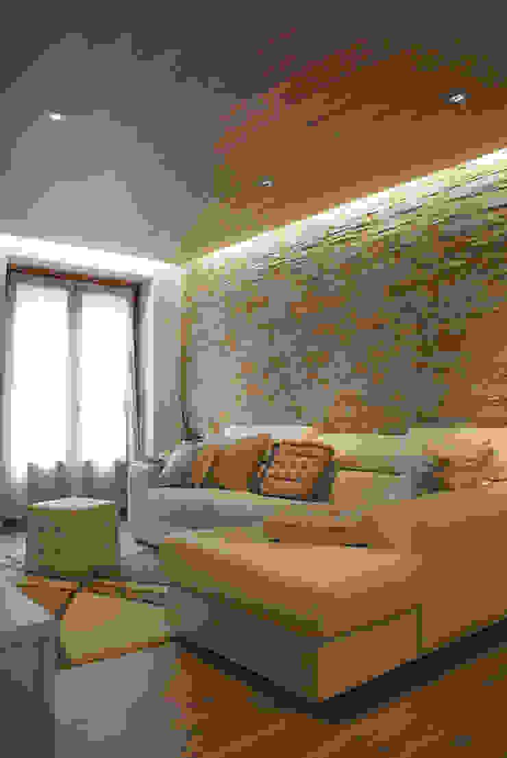 Salas de estar modernas por GRITTI ROLLO   Stefano Gritti e Sofia Rollo Moderno