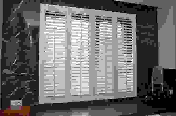 Gama Styl Fensterläden Holz Weiß