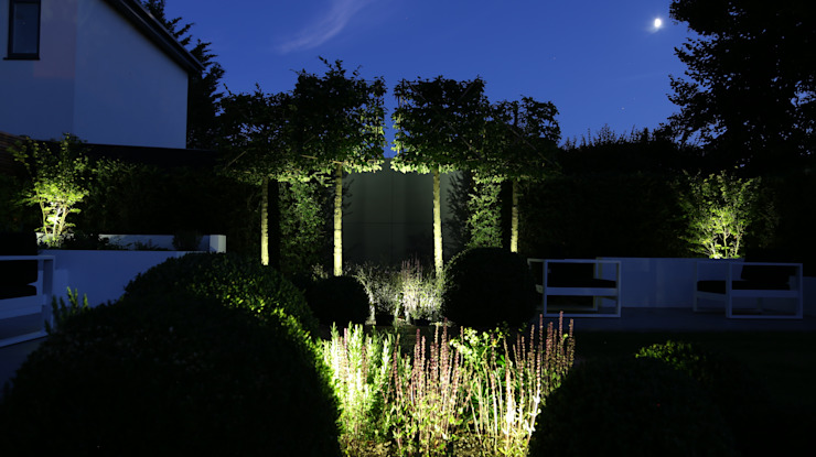 Garden Lighting Jardines de estilo moderno de Borrowed Space Moderno