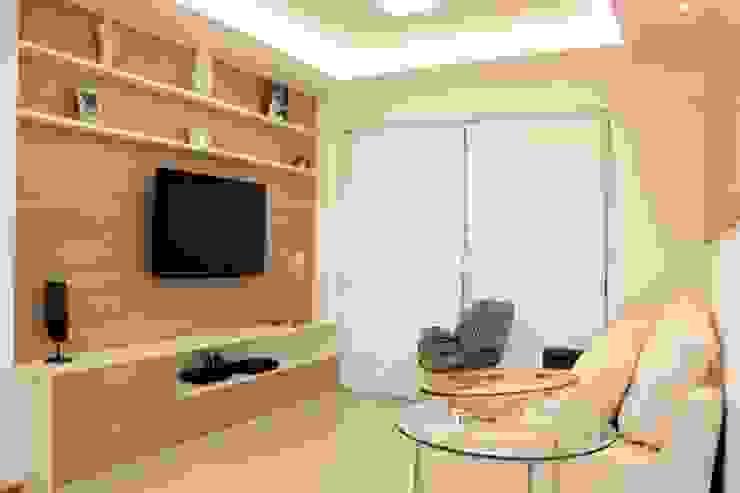 Alguns trabalhos Salas de estar modernas por Marka Design Moderno