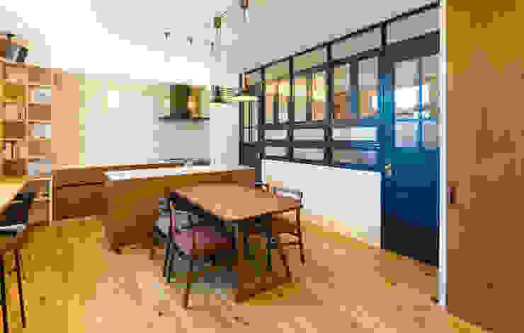 リノクラフト株式会社 Offices & stores Wood Wood effect