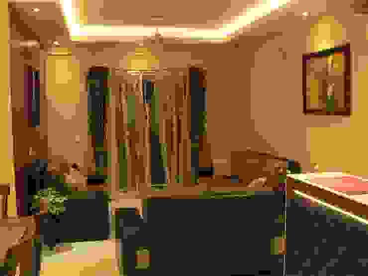 Salones modernos de Nandita Manwani Moderno