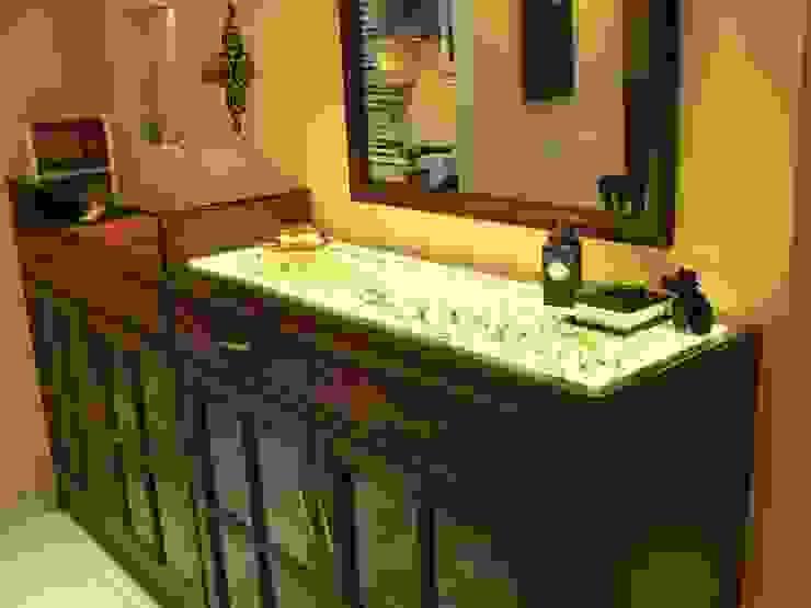 Crockery Design Classic style dining room by Nandita Manwani Classic