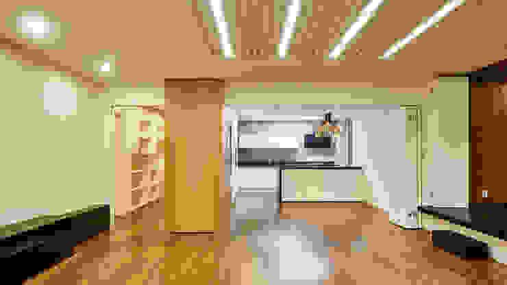 Salas de estilo moderno de 디자인사무실 Moderno