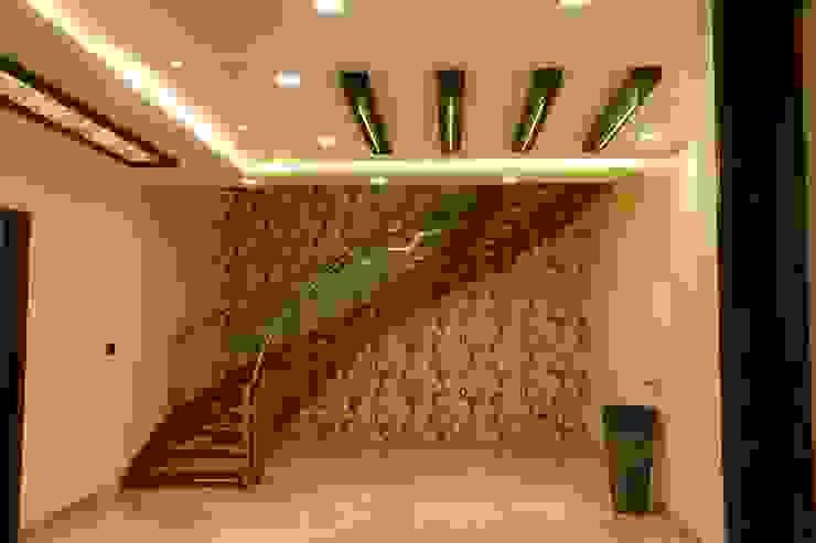 by Hasta architects Сучасний