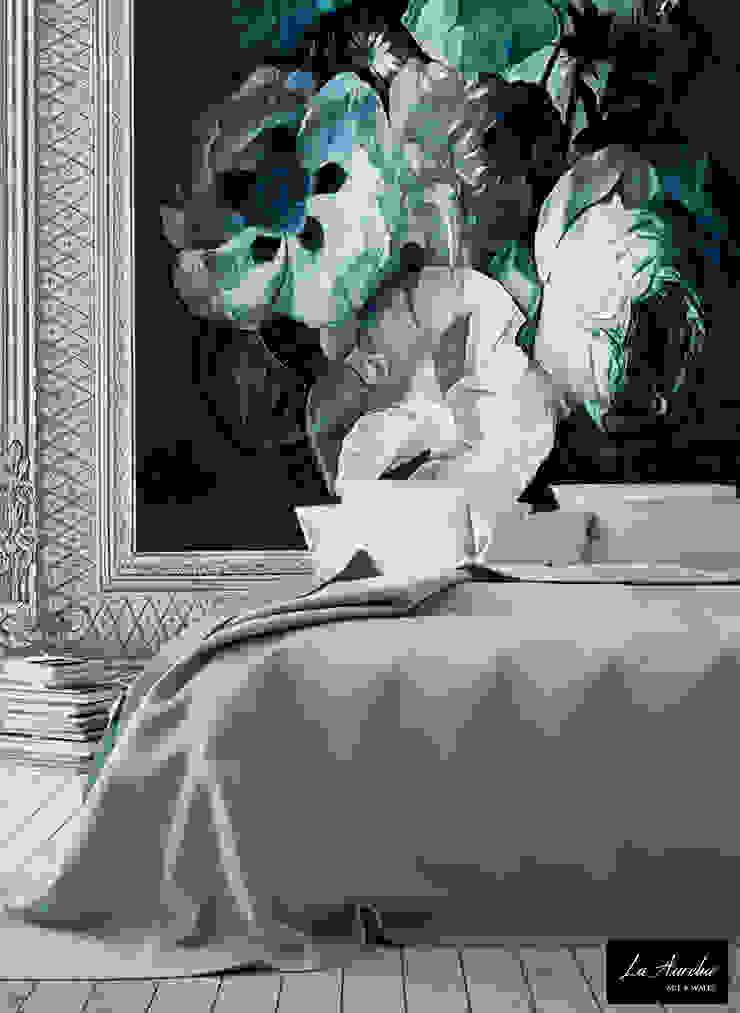 Fleur -Framed- Wallpaper: modern  door La Aurelia , Modern