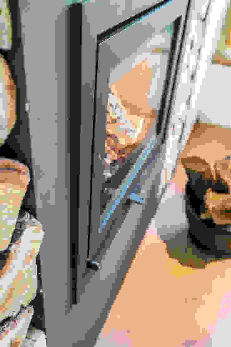 Masters of Interior Design Ruang Keluarga Modern Batu Grey