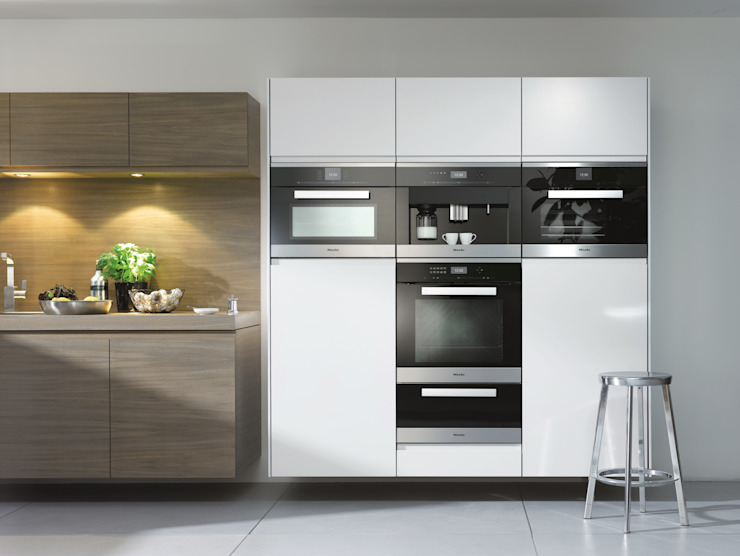 Miele CVA6401 Coffee Machine:  Kitchen by Hehku,