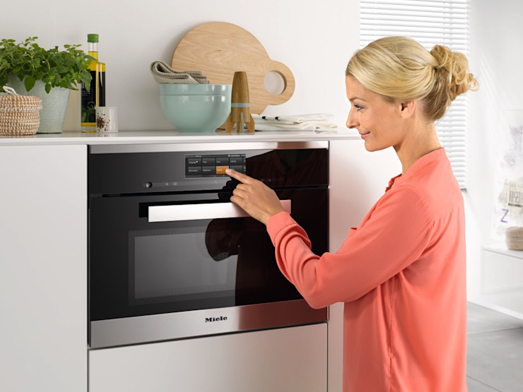 Miele DGM6800 Steam Oven with Microwave: modern  by Hehku, Modern